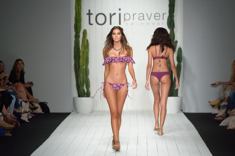 Tori Praver 0503